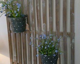 door wall wooden flowers or plants