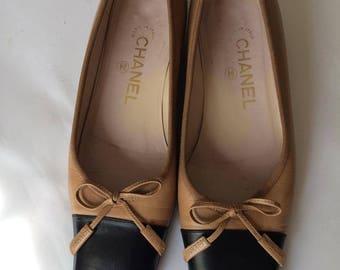Vintage  Chanel court  shoes sz. eu 37 us 6 uk 4