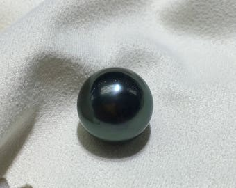 12.8mm Round tahitian pearl,undrilled loose pearl with some flaws,The malachite green black pearl with a smooth surface