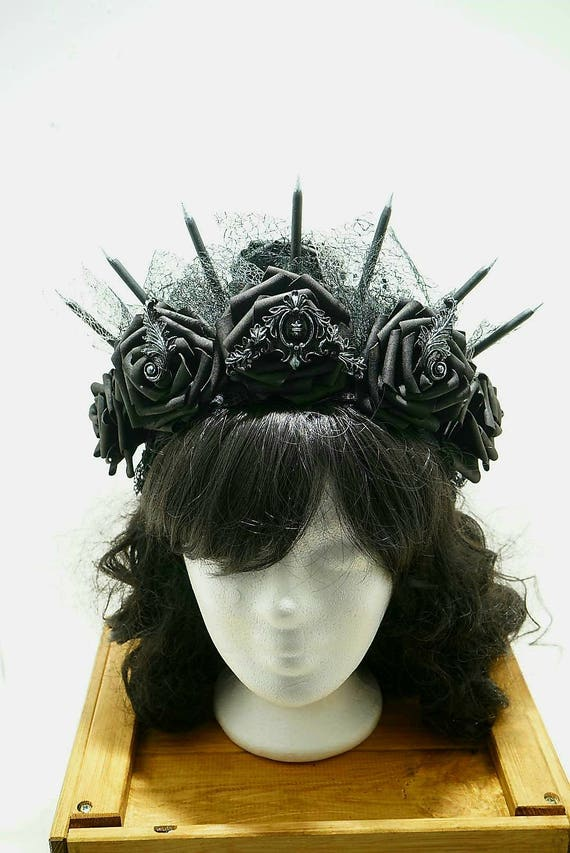 Halo Gothic black roses headpiece / black headdress with roses