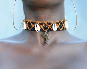Nefertiti neck wear