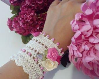 crochet wrist band