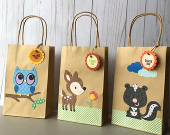 Set of six woodland animals party favor, birthday safari  goodie bags, jungle animals favor box, treat bags, craft bags, owl goodie bags.