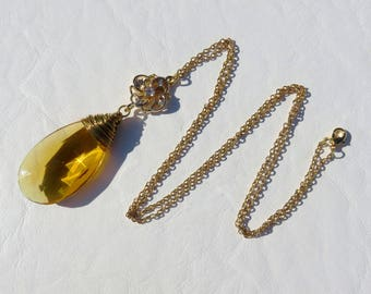 Gold Wire Wrapped Honey Prism Necklace // Vintage Amber Teardrop Crystal Necklace // Amber Crystal Necklace