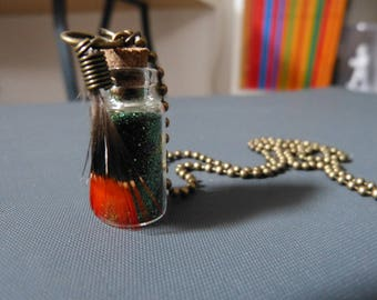 Necklace vial & feather