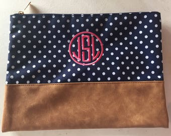 Monogram Zip Pouch |  Cute Valentines Gift | Personalized Make up Bag, Make up Bag | Bridal Makeup Bag | Bridesmaid Gift | Zipper Pouch