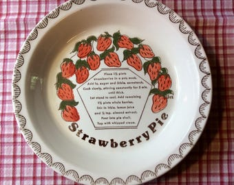 Strawberry pie recipe dish / 10 1/2 inch