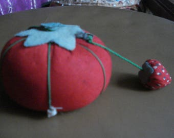 Vintage Tomato Pin Cushion With Tape Measure
