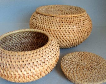 Vintage woven Basket Lidded Pots - Coiled Basket pots x2 - Vintage handmade wicker baskets