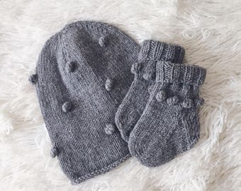Knitted baby set Merino wool newborn set Wool baby hat and socks Knit newborn outfit Boys girls toddler kids knitted set Baby shower gift