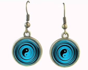Glass sea blue Yin Yang earrings (FREE Shipping)