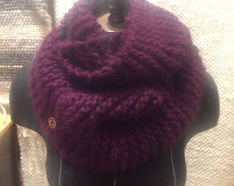 Hand-knitted eternity scarf