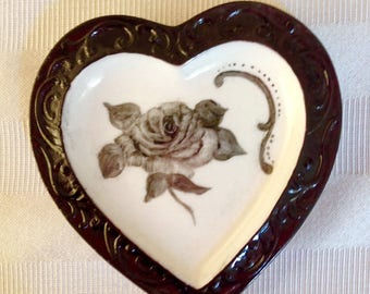 Heart trinket dish, black rose