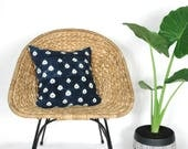 Indigo Mudcloth Polka Dot Pillow Cover /African Mud Cloth Decorative Throw Cushion Natural Dye Bogolanfini Blue White Pillow Bedding Accent