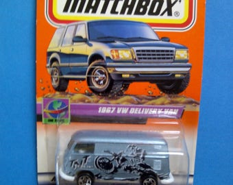 Matchbox #72 1967 VW Microbus Delivery 1/64th new on card