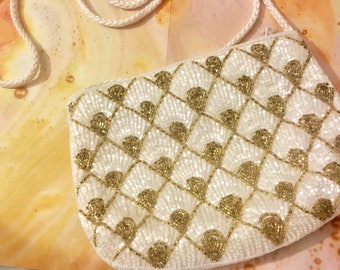 Vintage Beaded Gold and White Purse / Handbag purse / Art Deco purse / Gatsby bag / beaded purse / Beaded Evening Bag / wedding accessories