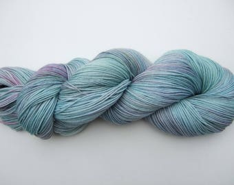 "Hand Dyed Yarn 100g Superwash Merino Wool/Nylon sock weight ""Fluorite"" green blue purple"