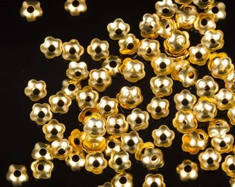 5 g of Golden Flower bead caps