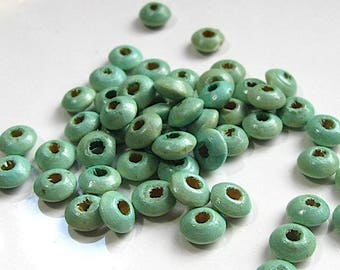 40 painted wood 8 mm beads.