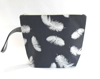Medium Project Bag Whisper Feathers