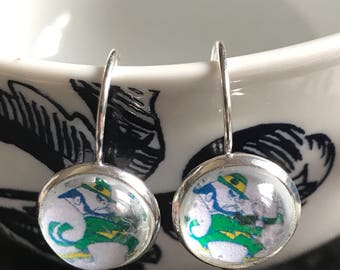 Handmade Notre Dame Fighting Irish cabochon earrings- 12mm