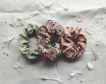 Spring Dreams Scrunchie Set