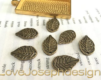 wholesale 50 Pieces /Lot Antique Bronze Plated 18mmx11mm leaf charms