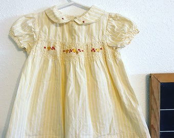 Vintage 90s yellow dress 90s baby clothes, Peter Pan collared baby dress, months vintage kids clothes, 90s baby doll dress, vintage baby