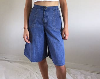 Vintage 70s High Waisted Denim Gauchos / Culottes w/ Amazing Curved Patch Pockets 26 W