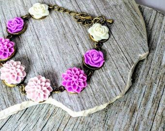 Lavendar flower Bracelet for Bridesmaid- lavendar and lilac wedding - Everyday Bracelet - Bridesmaid Gift - Purple - lavendar lilac wedding