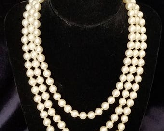 """Vintage WHITE Long 55"""" Faux Pearl Knotted Necklace"""
