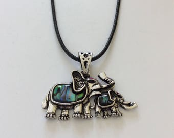 Abalone Mother and baby elephant necklace / elephant jewellery / Abalone jewellery / Paua jewellery / animal jewellery / animal lover gift