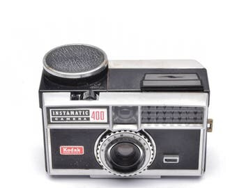 Kodak Instamatic 400 126 Film Camera with Kodar Lens c. 1963-66