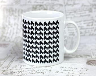 Roller derby skater mug, great gift for your derby wife or for your derby widower, personalise it with derby name and number