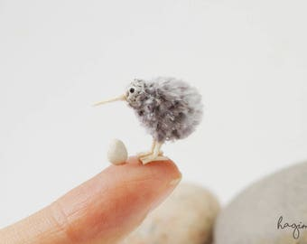 Micro amigurumi gray kiwi bird with egg, tiny crochet kiwi , miniature kiwi bird