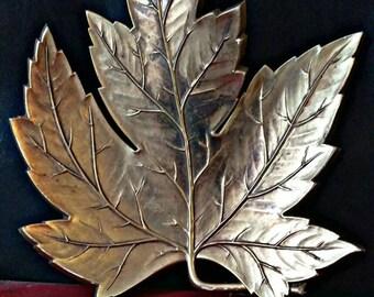 1970's Syroco Inc Gold Leaf