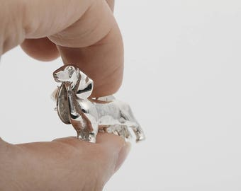 Vakkancs Dachshund pin (sterling silver)