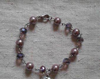 "pretty ""Silver key and pearls"" bracelet"