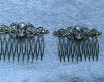 set of two small Combs Butterfly cabochon