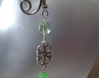 """Earrings """"connector and green beads"""""""