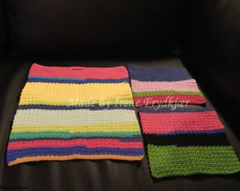 Small Towel and two washcloths