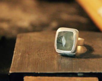 Prehnite Peace Ring