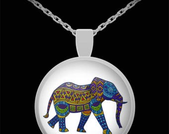 Elephant - Round Pendant Necklace