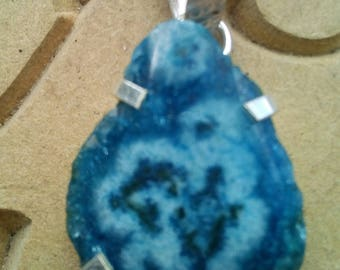 Dyed Blue Solar Quartz Pendant Reiki Charged Crystal Healing Wicca Pagan