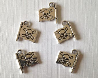 5 x Pirate Flag Charms, Silver Tone Charms For Jewellery Making, Jolly Roger Charms For Bracelet Making,