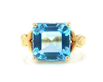 Blue Topaz 10K Gold Ring - X4480