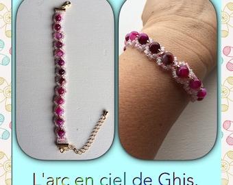 Chain bracelet fuchsia agate beads.