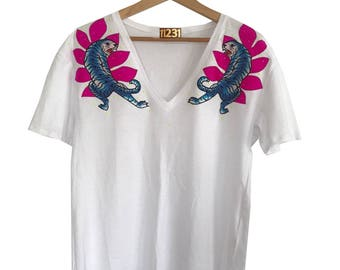 one123one Adult White T-Shirt with Signature Tiger & Leaf Applique