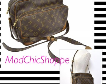 Louis Vuitton Nile Crossbody Purse in Monogram Canvas- authentic!