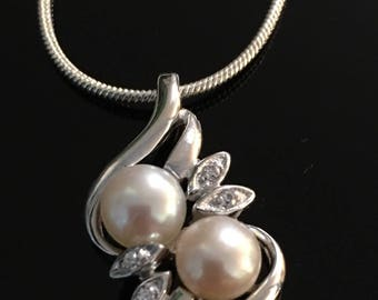 925 sterling silver pearl and cz pendant